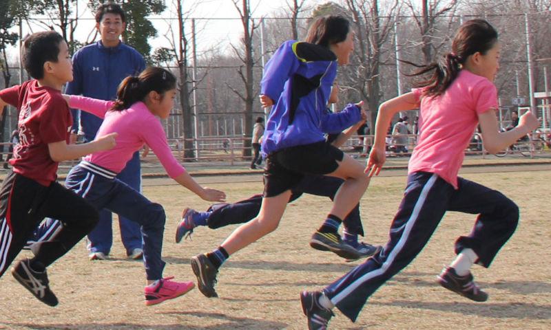 小学生 足が速く走る