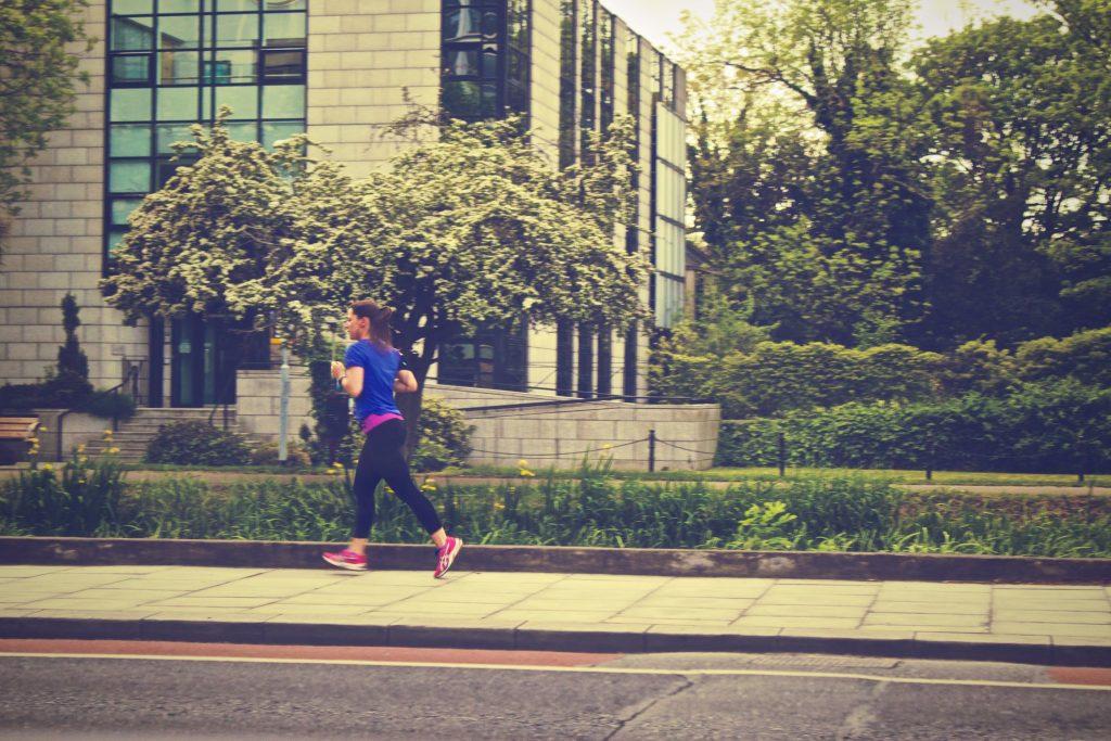 マラソン走り方フォーム