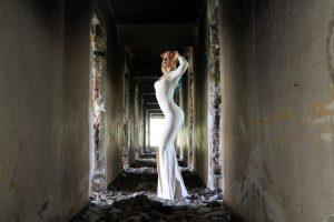 姿勢がいい女性は好感度が高い!その秘密を探ります!