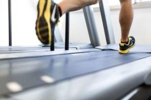 脚痩せやデトックスに!リンパの働きを促進する股関節エクササイズ